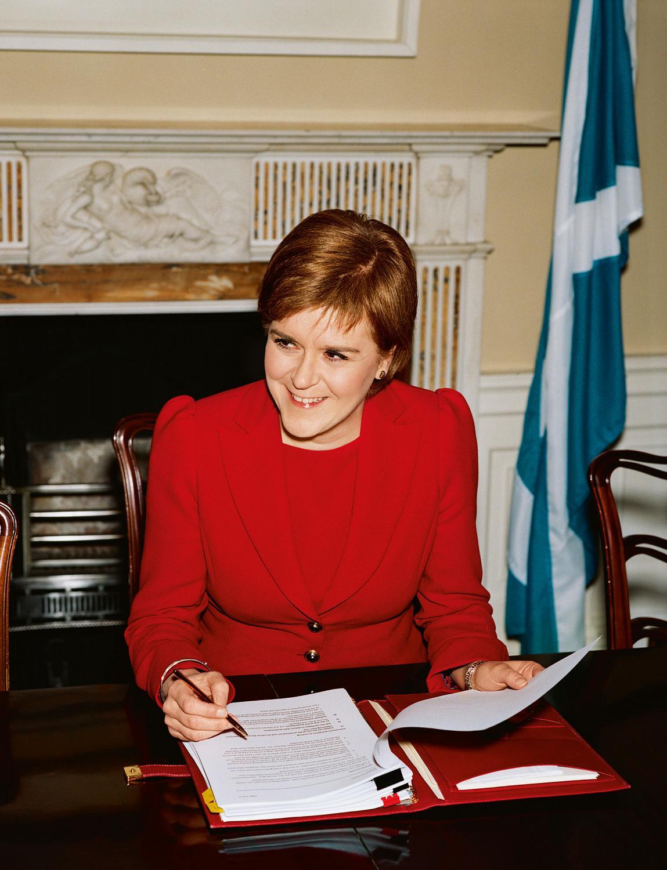 schottischer-maedchenhandjob